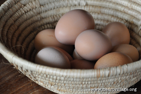 heart-egg-basket